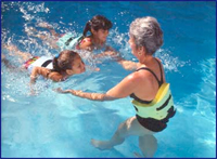 Learn to swim with AquaJogger Jr.